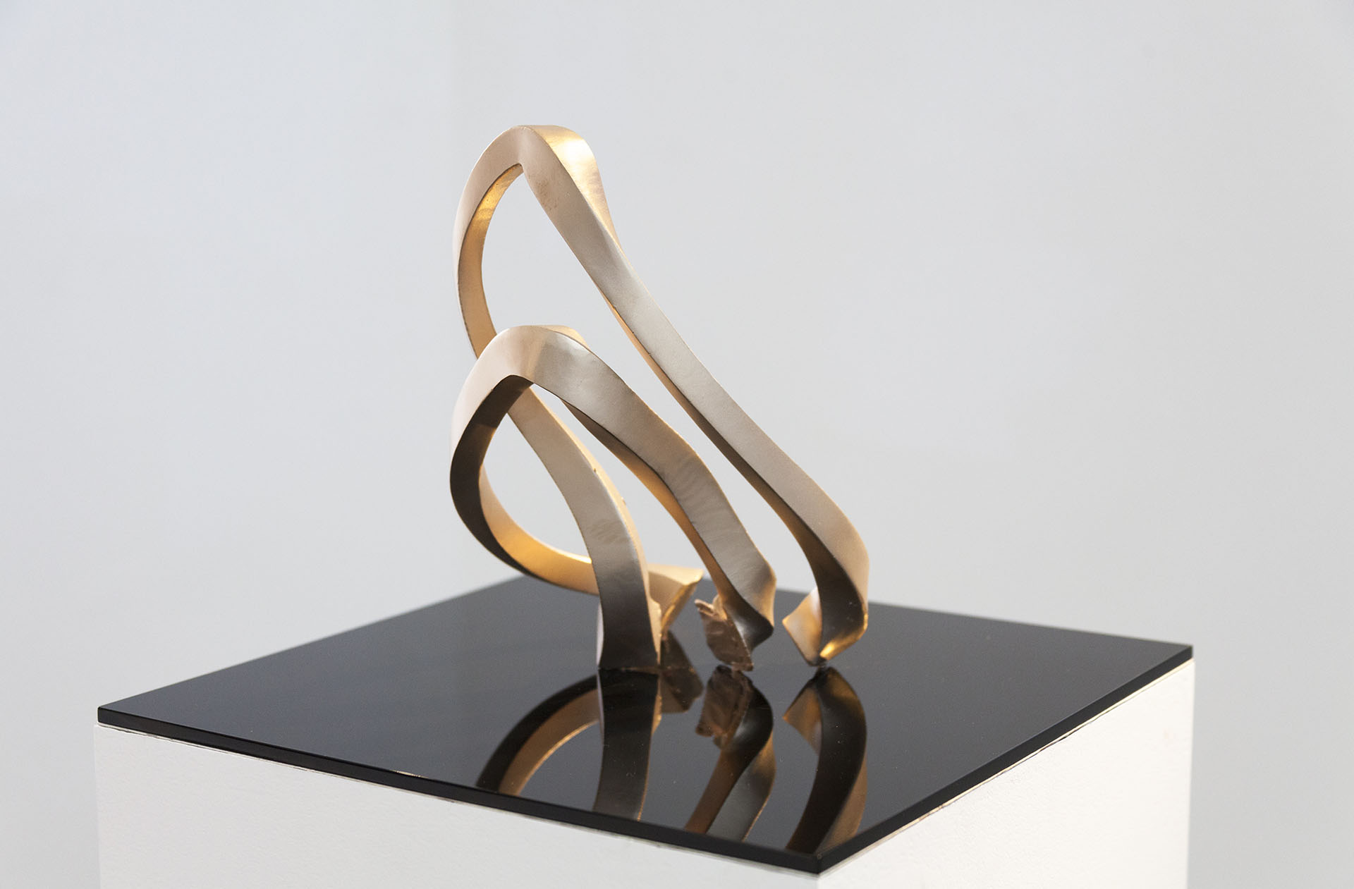 motion capture sculpture in bronze