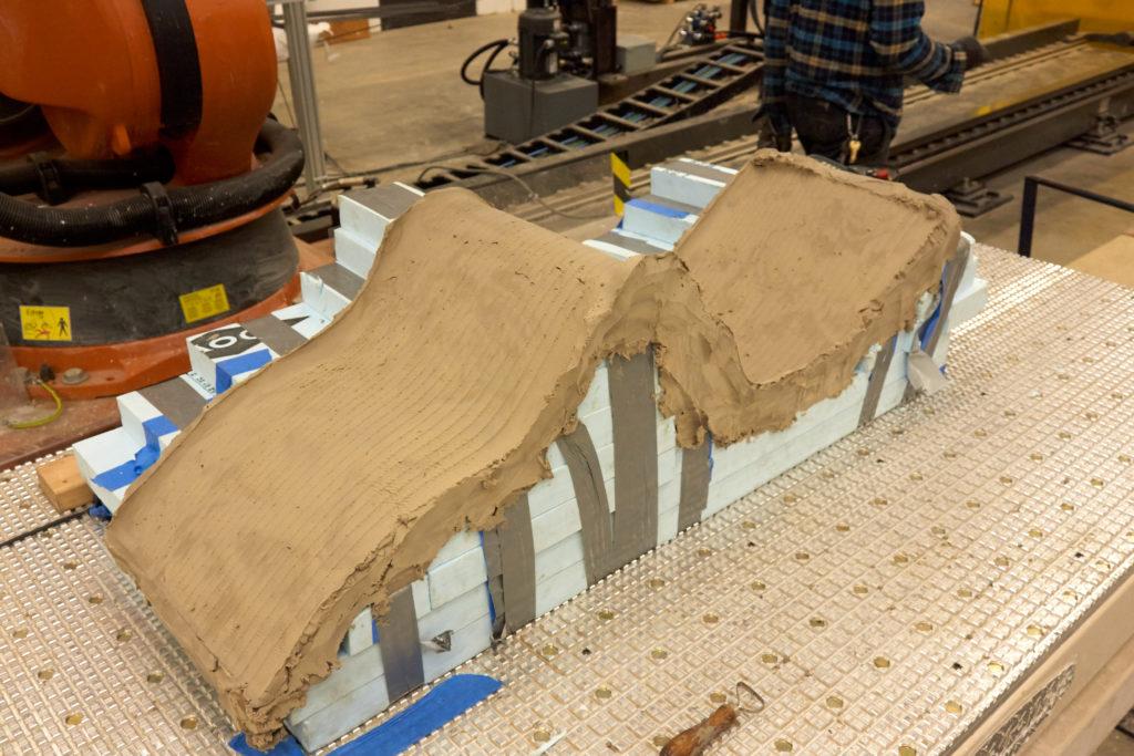 robosculpt robotic cut mold in clay